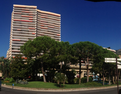 2-bedroom apartment in the Mirabeau building in the Carré d'Or, Monaco