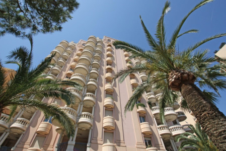 4 bedroom Apartment For Sale in Larvotto Monaco | Miells