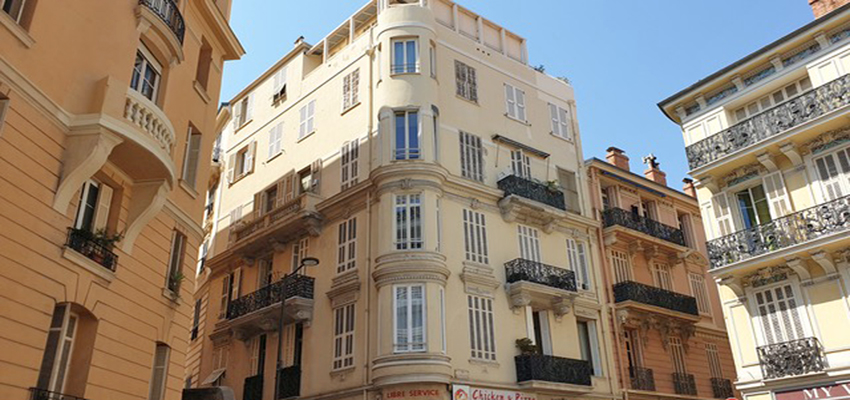 2 roomed apartment in Monte-Carlo