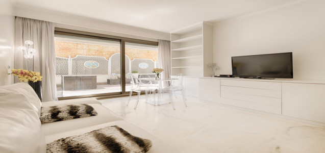 Luxurious 2 roomed apartment in the Golden Square Monaco | Miells